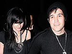 Pete & Ashlee Watch a Jay-Z Concert | Ashlee Simpson, Pete Wentz