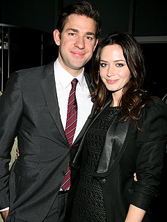Couples Watch: John Krasinski & Emily Blunt&#39;s Hilarious Dinner