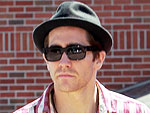 Jake Gyllenhaal Turns Heads in L.A. | Jake Gyllenhaal