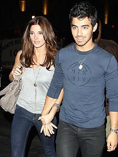 Hibachi Date Night for Ashley Greene and Joe Jonas | Ashley Greene, Joe Jonas
