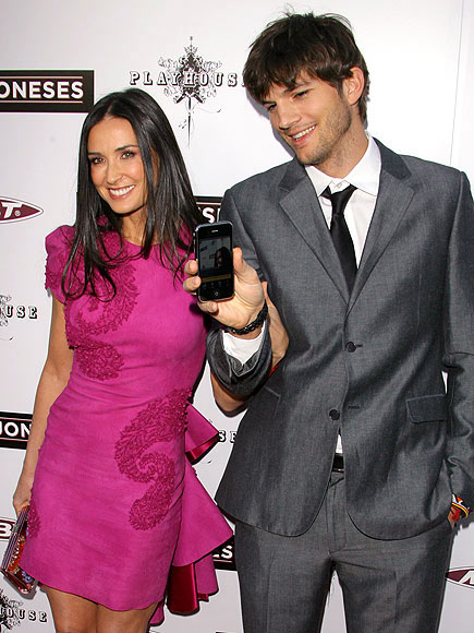 photo | Ashton Kutcher, Demi Moore
