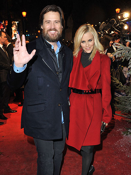 HAPPY HOLIDAYS photo | Jenny McCarthy, Jim Carrey