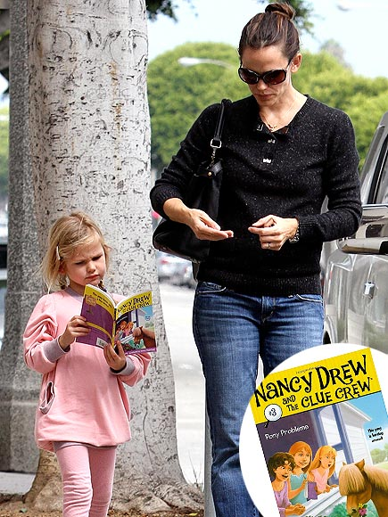 VIOLET AFFLECK photo | Jennifer Garner, Violet Affleck