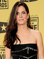 Critics' Choice: A Beautiful Night! | Sandra Bullock