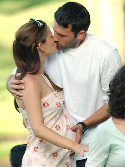 AND BABY MAKES THREE photo | Ben Affleck, Jennifer Garner