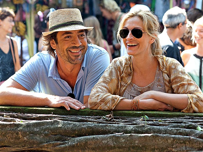1. ... AND SHE'S BAAAACK! photo | Javier Bardem, Julia Roberts