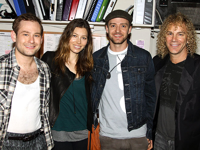 THEATER CROWD photo | Jessica Biel, Justin Timberlake