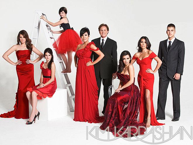 LADIES IN RED  photo | Khloe Kardashian, Kim Kardashian, Kourtney Kardashian