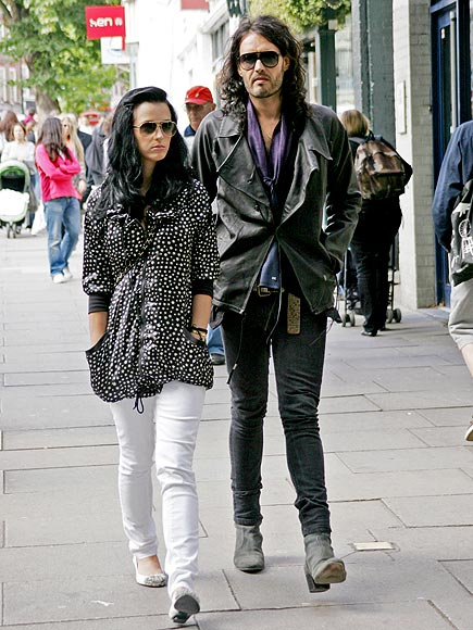 FIRST STEP photo | Katy Perry, Russell Brand