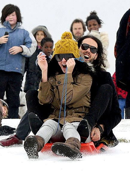 SLEIGH BELLE photo | Katy Perry, Russell Brand
