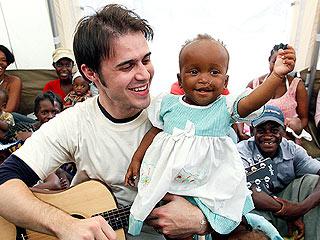PHOTOS: Kris Allen Helps Out in Haiti | Kris Allen