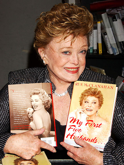 AUTHOR, AUTHOR! photo | Rue McClanahan