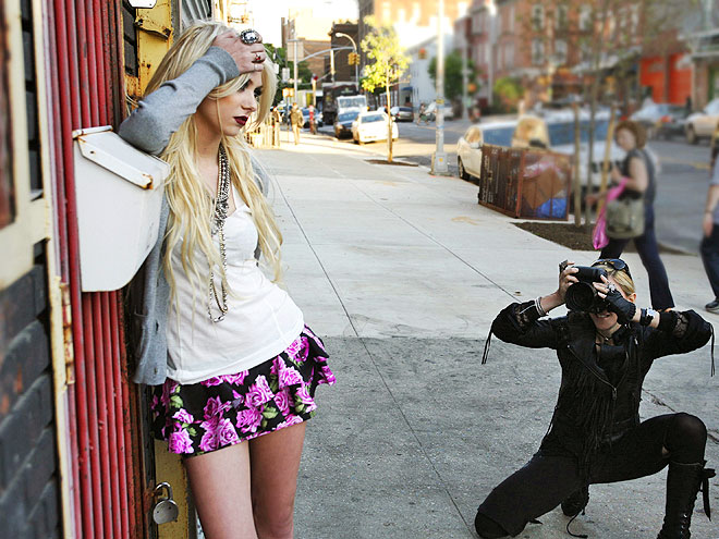 MODELING FOR MADGE  photo | Taylor Momsen