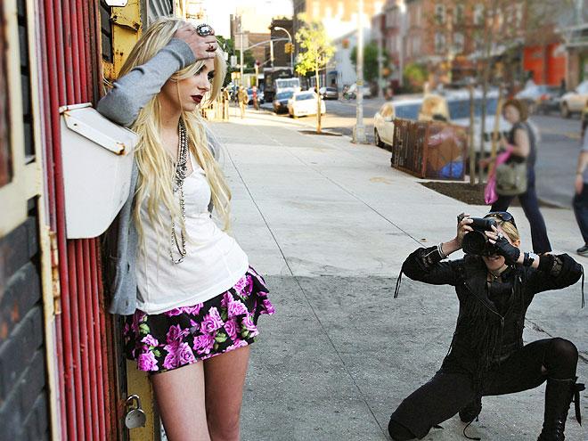 MODELING FOR MADGE  photo | Taylor Momsen