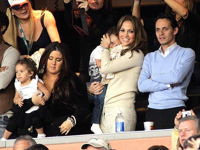 FAN SECTION photo | Jennifer Lopez, Marc Anthony