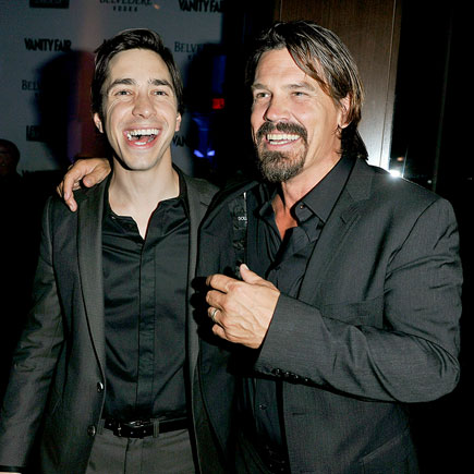 NEW FRIENDS photo | Josh Brolin, Justin Long