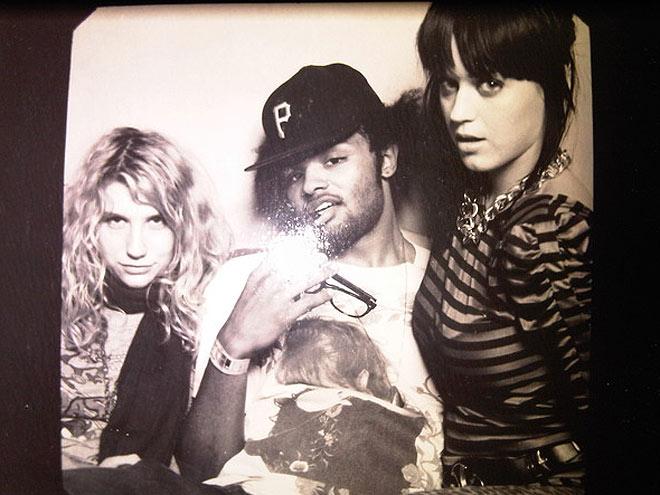 KATY PERRY, KE$HA AND DJ SKEET SKEET photo | Katy Perry, Kesha