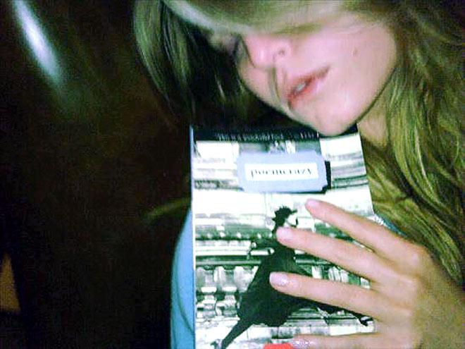 PLAYING POSSUM photo | Jessica Simpson