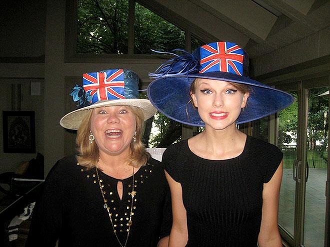 UNION JACKS  photo | Taylor Swift
