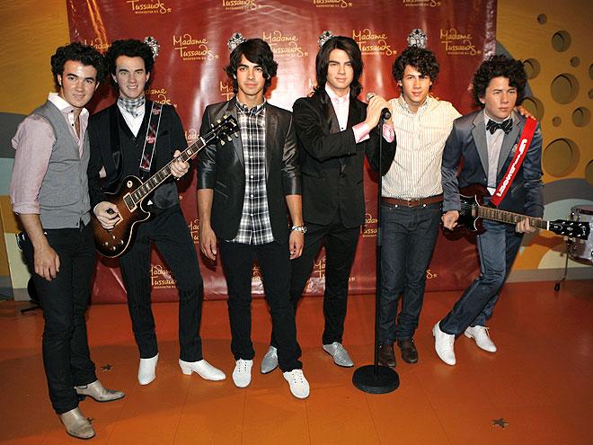 JONAS BROTHERS photo | Jonas Brothers, Jonas Brothers, Kevin Jonas, Nick Jonas