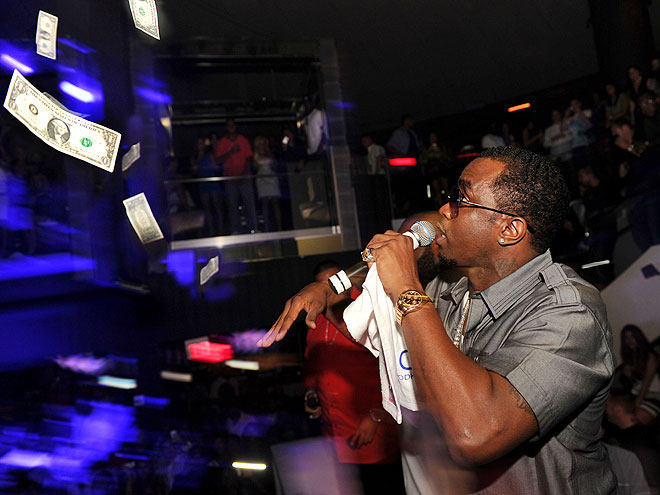 "SEAN ""DIDDY"" COMBS photo 