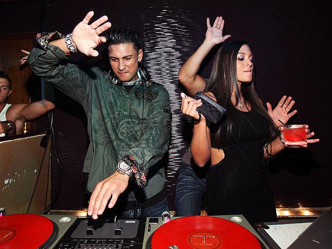 PAULY DELVECCHIO & SAMMI GIANCOLA  photo | Pauly DelVecchio, Sammi Giancola
