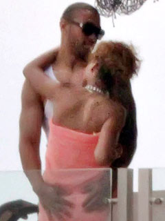Rihanna Heats Up with New Man| Couples, Rihanna