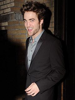 Robert Pattinson Eyebrows on Robert Pattinson 240 Jpg