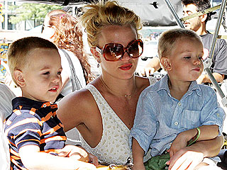 Pal: Britney Spears Is a 'Great Mom'