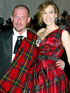 Sarah Jessica Parker Mourns Loss of Alexander McQueen