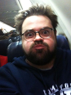 Kevin Smith Gets into Airplane Trouble – Again