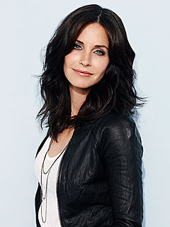 Courteney Cox Copes with Humor, Hard Work, Costar Says | Courteney Cox