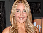 Amanda Bynes Gets Her Hair Done in L.A. | Amanda Bynes