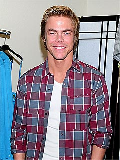 Dancing with the Stars: Derek Hough Dislocates Shoulder
