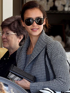 Jessica Alba's Fish Sticks Mishap Causes Near Fire