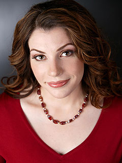 Stephenie Meyer: Why Fans Should Read Bree Tanner Before Seeing Eclipse