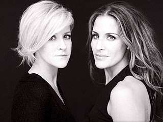 FIRST LISTEN: The Dixie Chicks Chirp as a Duo