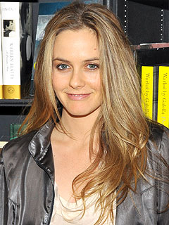 It&#39;s a Boy for Alicia Silverstone