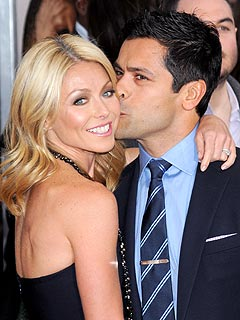 Kelly Ripa Tries to Tell Her Teenage Son That She&#39;s Cool | Kelly Ripa, Mark Consuelos