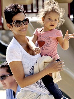 Halle Berry: Gabriel and I Love Our Daughter &#39;More Than Life&#39;