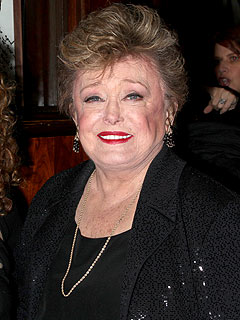 Golden Girls Star Rue McClanahan Dies at 76