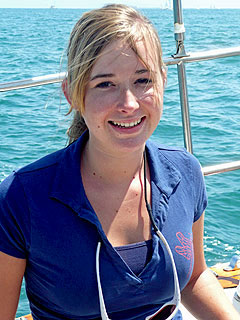 Girl Sailor Calls Criticism of Parents 'Hurtful'