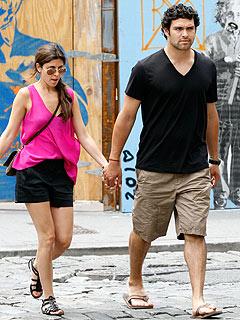 Jamie-Lynn Sigler and Mark Sanchez Cozy Up at the Tonys| Couples, Jamie-Lynn Sigler