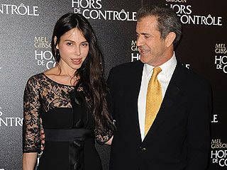 Mel Gibson Sentenced to Counseling, Probation in Battery Case