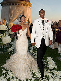 .com's snapshot from the wedding of Paul Pierce and Julie Landrum