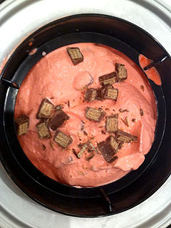 Dean McDermott Treats His Kids to Homemade Ice Cream Party| Celebrity Diners Club, Dean McDermott, Tori Spelling