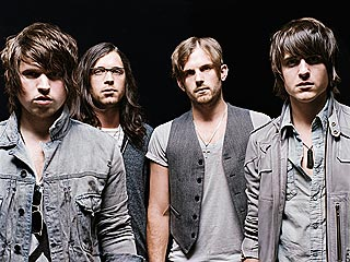 Kings of Leon: More Problems Than Just Heat Exhaustion