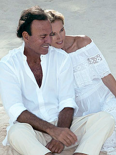 Julio Iglesias Marries Longtime Girlfriend