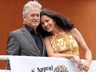 Michael Douglas on Cancer: 'I'll Beat This'