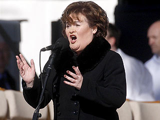 Susan Boyle&#39;s Dream Comes True: She Sings for the Pope